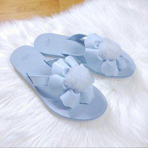 NEW UGG light blue pom pom Poppy sandal